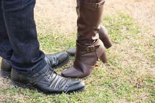 ブーツと靴