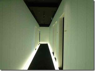 ライザップ更衣室までの廊下