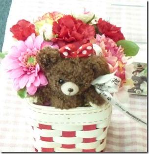 ユニベアの花カゴ