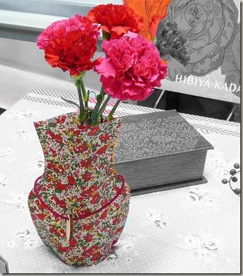母の日はおしゃれな実用品と花束のセットで、生活にスパイスを