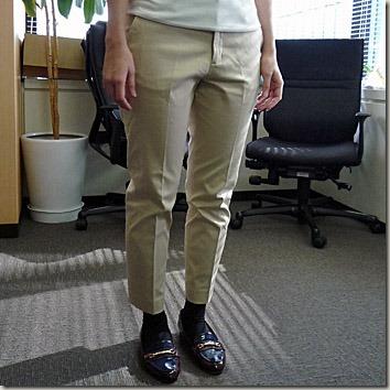 30代大人カジュアル通勤着パンツ