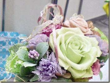 プリザーブドフラワーのバラのアレンジメント