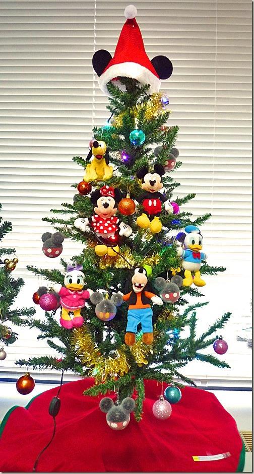 ディズニーのぬいぐるみクリスマスツリー