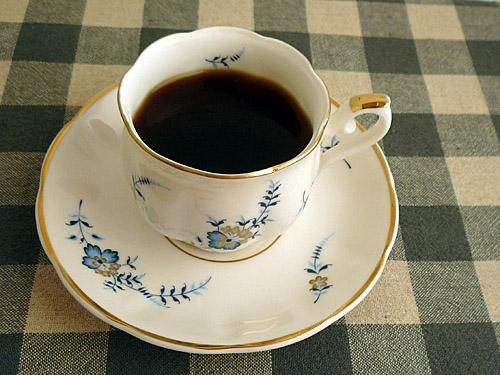 コーヒーカップのコーヒー