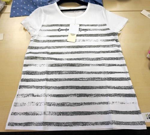 AラインTシャツ