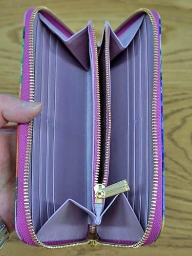エーテルのエナメル財布