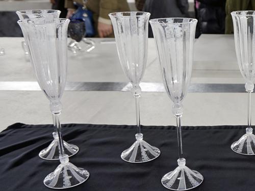 レースが入ったようなグラス