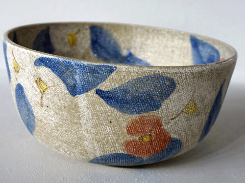 布のような陶器食器