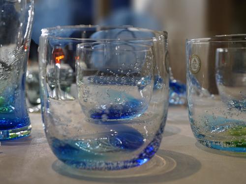 氷のようなグラス