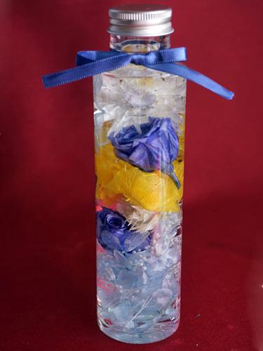 ハーバリウム円柱型のボトル